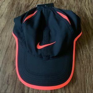 NWT Nike Adult Dri Fit hat